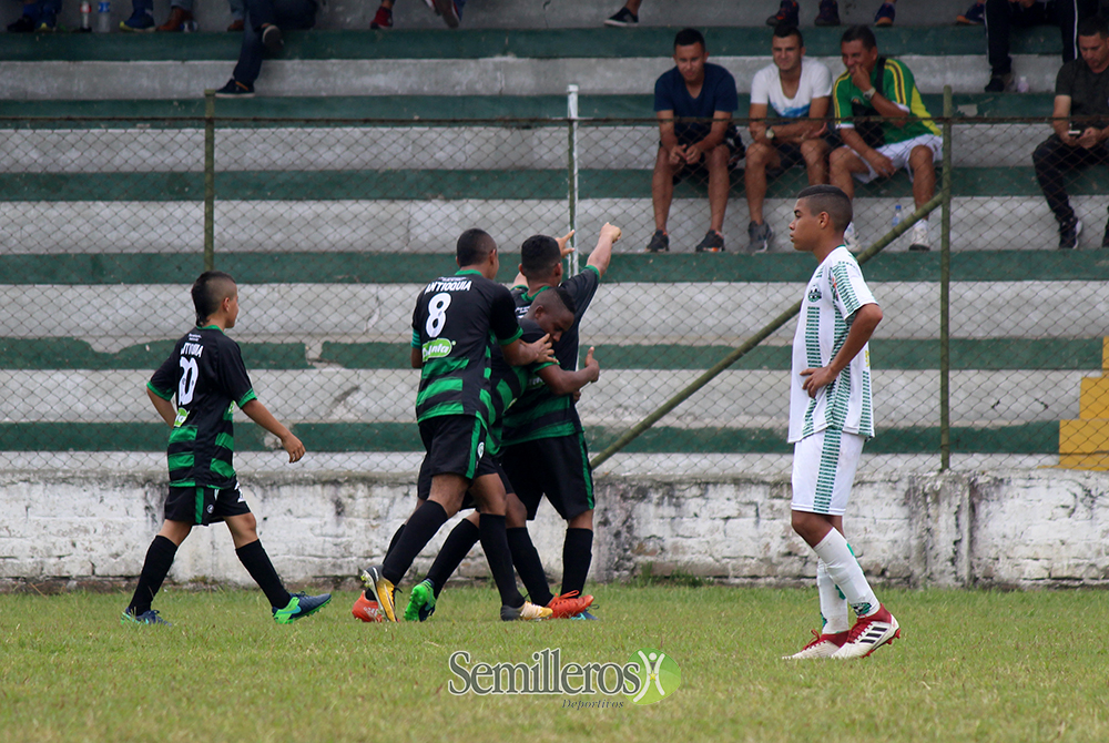 Fútbol Infantil, Zonal Clasificatorio, Fase Semifinal 2018 (8)